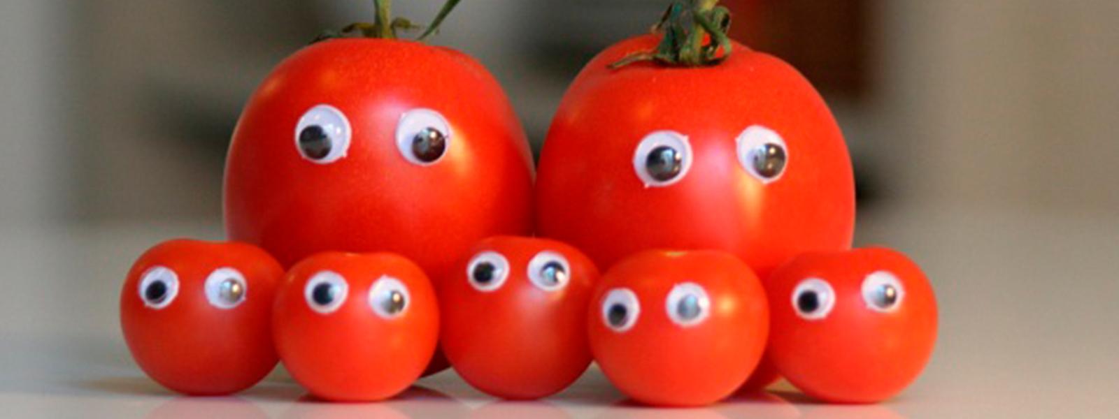 Живые фрукты и смешные овощи